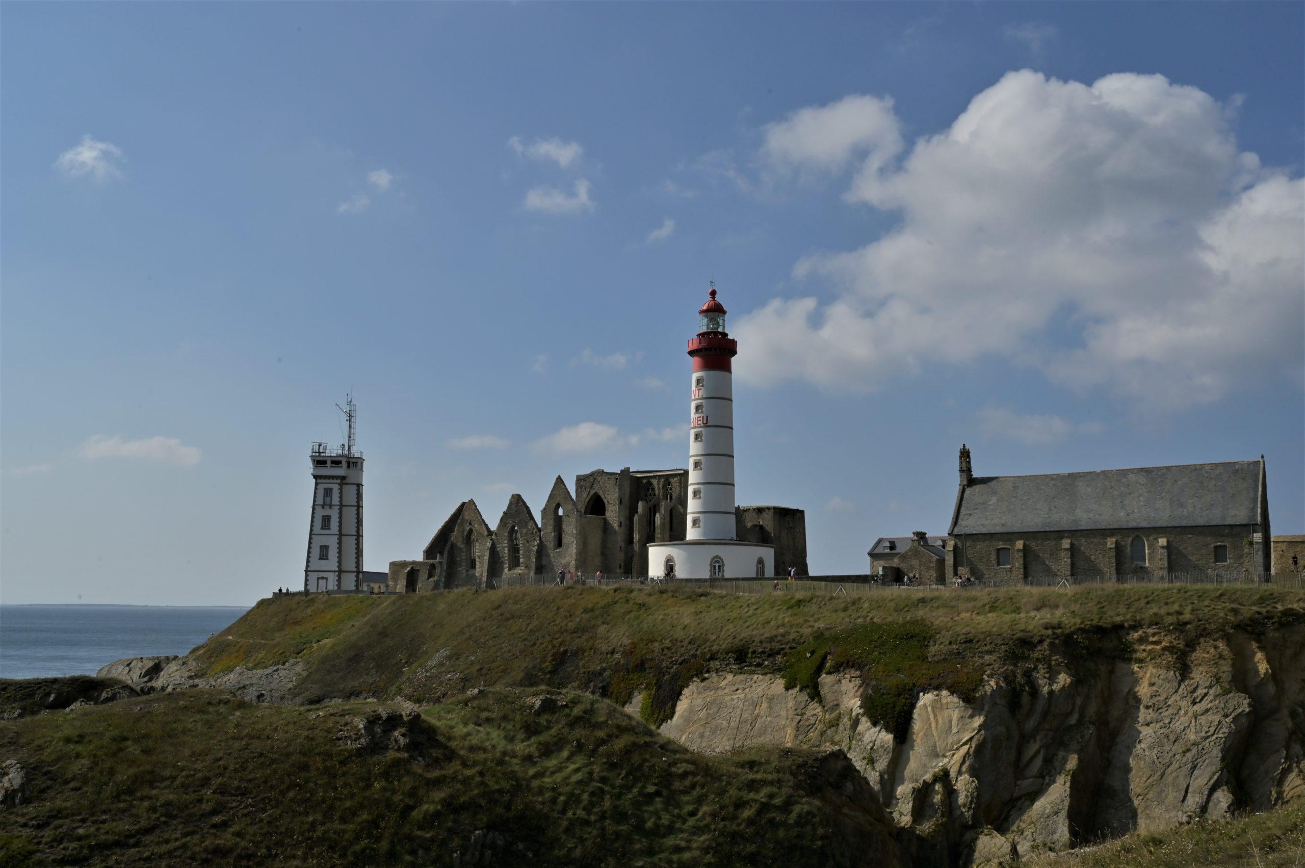 Phare, abbaye et sémaphore de la pointe saint Mathieu