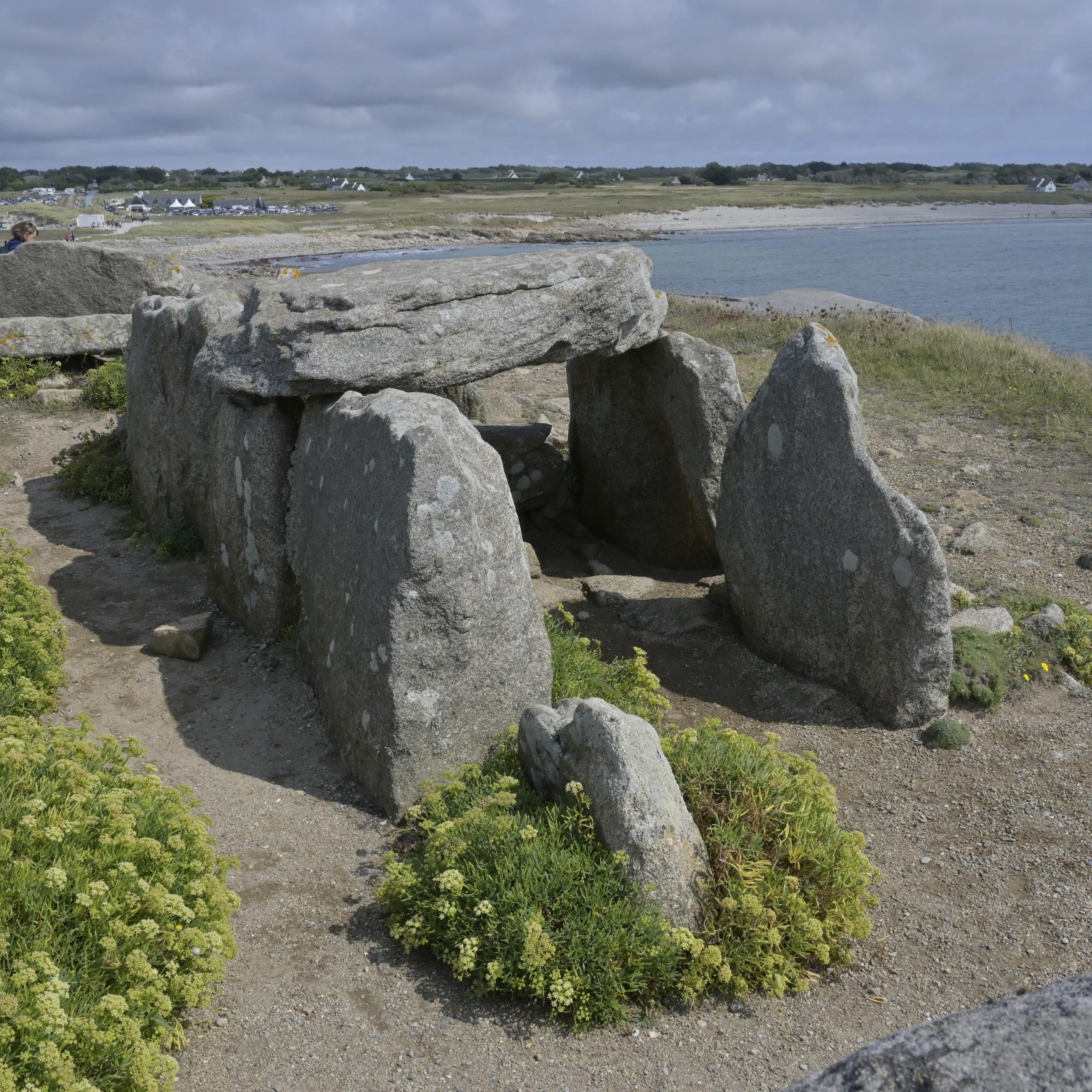 Dolmen presqu'île de Kermorvan