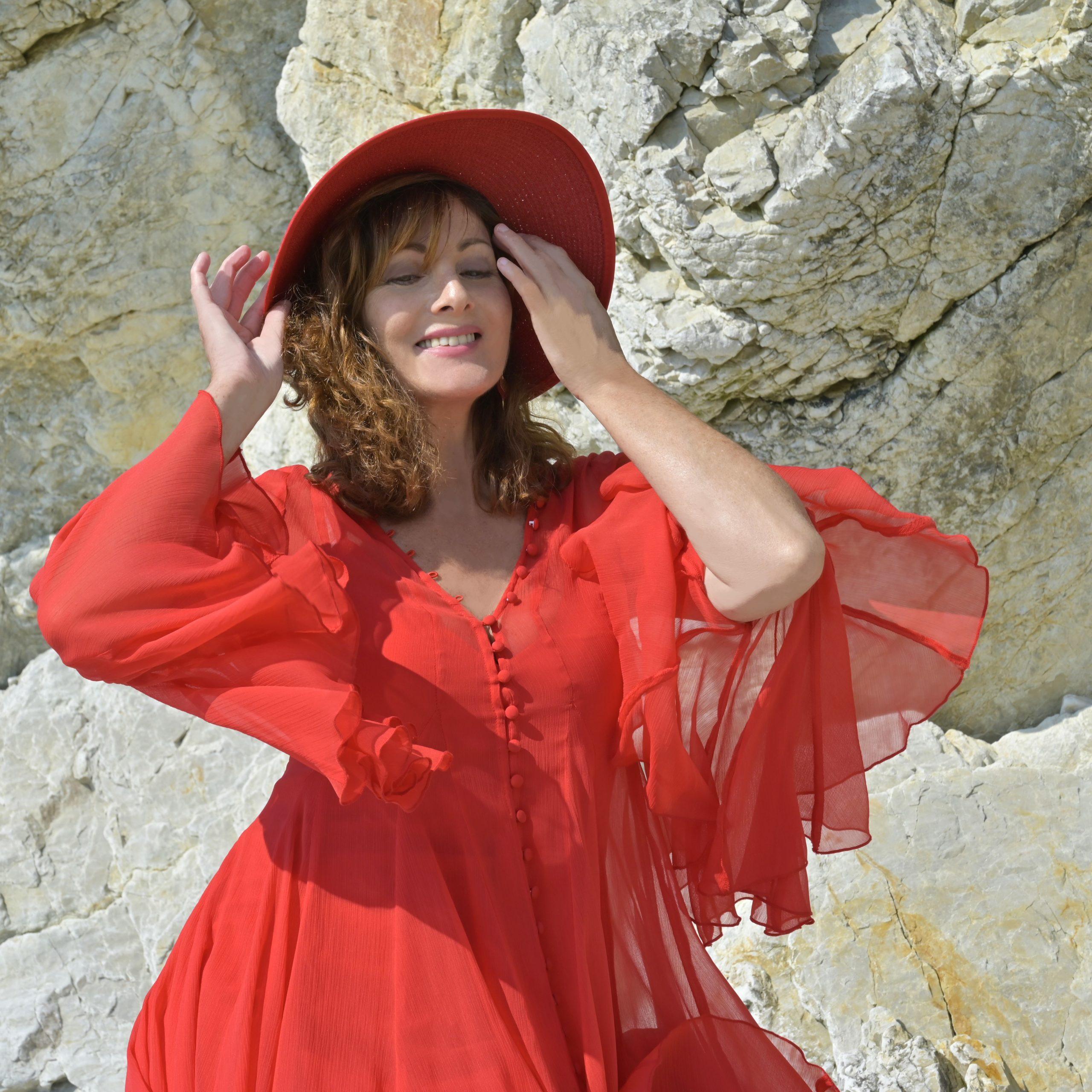 robe courte en mousseline rouge